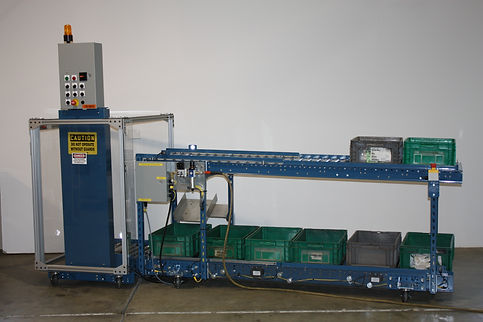 Boomerang Filling System machine by TOTAL TOTE