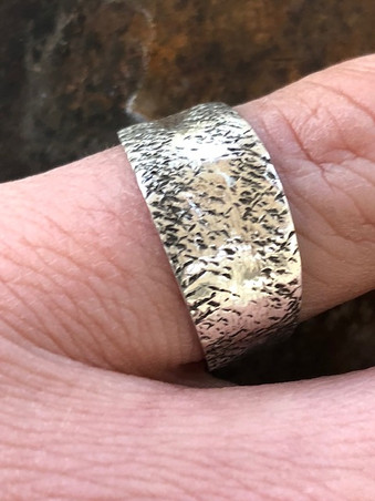 Tiny granite print pinkie ring