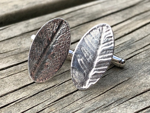 Different but complementary cufflinks