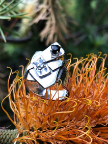 Geometric Tasmanian black spinel and herkemer 'diamond' ring