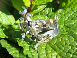Adjustable seaweed ring