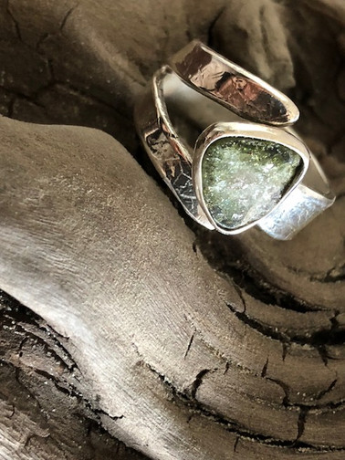 Tourmaline and leaf print adjustable ring