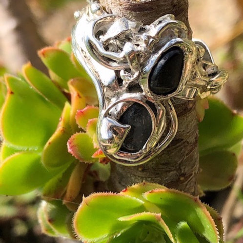 Black Jack Spinel and Sapphire Pebble Ring