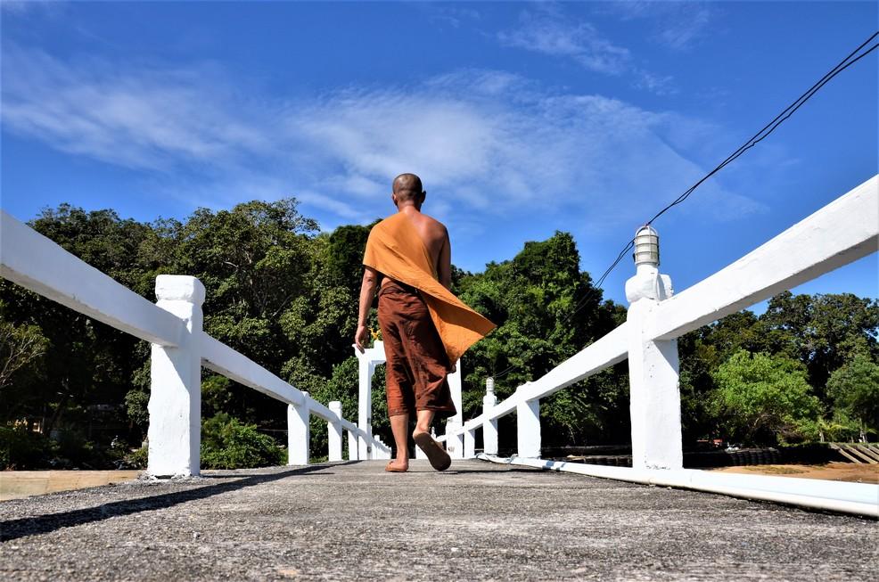 Koh Phayam_Monk_19