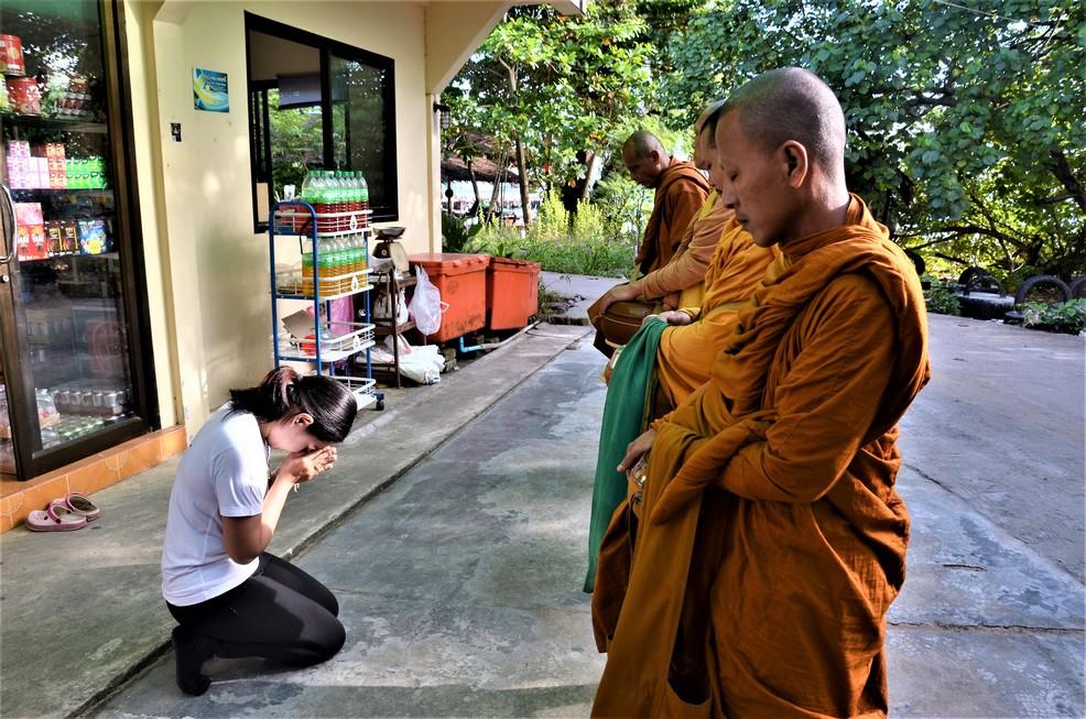 Koh Phayam_Monk_3