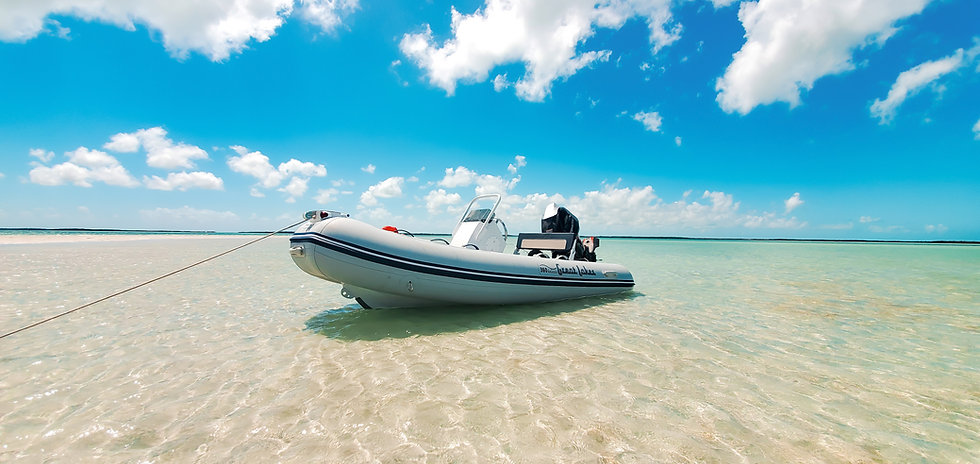 2020-10-21 - Wide Angle Boat Less Sharp-