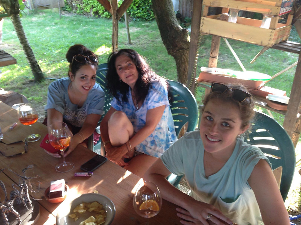 Jessica, Elena and me in the garden for Spritz O'clock.