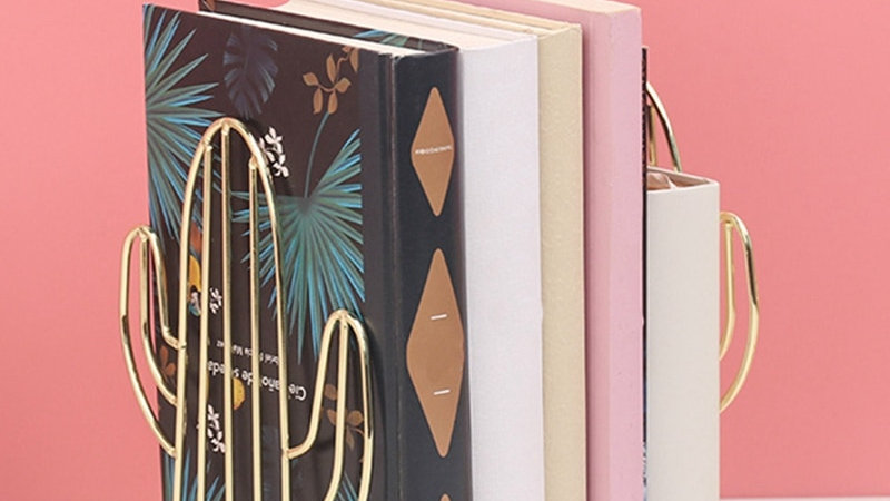 Nordic Ins Style Multifunctional Portable Reading Bookshelf Metal