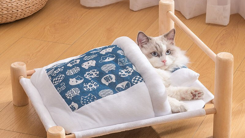 Elevated Cats Bed House Sleeping Bag