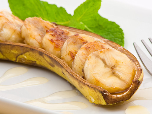 Grilled glazed bananas in coconut sugar syrup