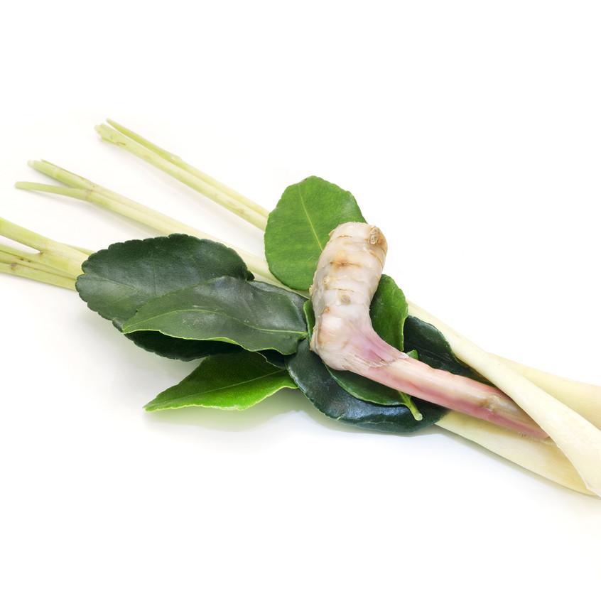kaffir leaves galangal lemongrass