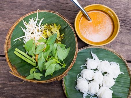 Fischhackfleisch Curry mit Reisnudeln, oder Khanom Jeen Nam Ya