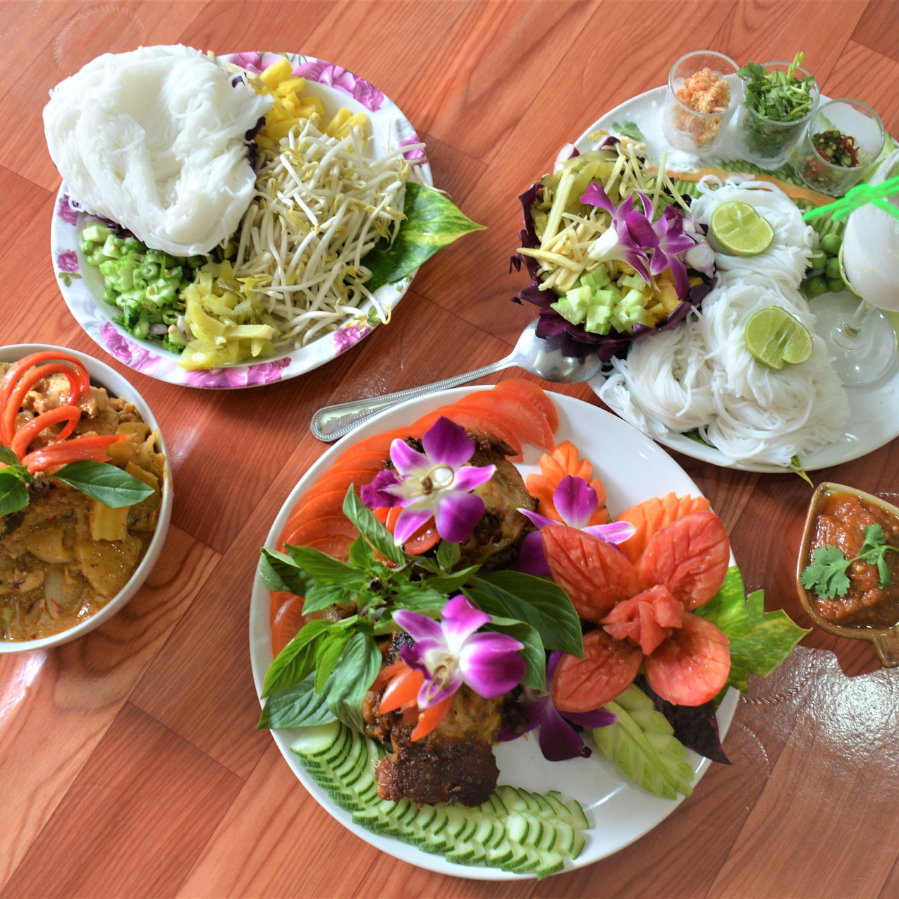 lunch time at infusion cooking classes samui