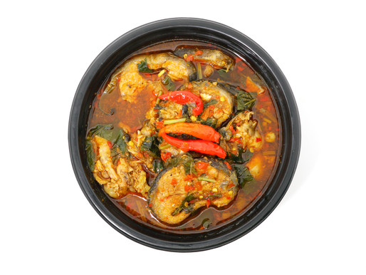 Spicy catfish and tree basil curry