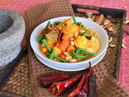 Massaman Curry mit Kürbis und Schlangenbohnen