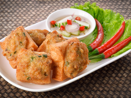 Shrimp and pork toast, or Kanom pang na mu