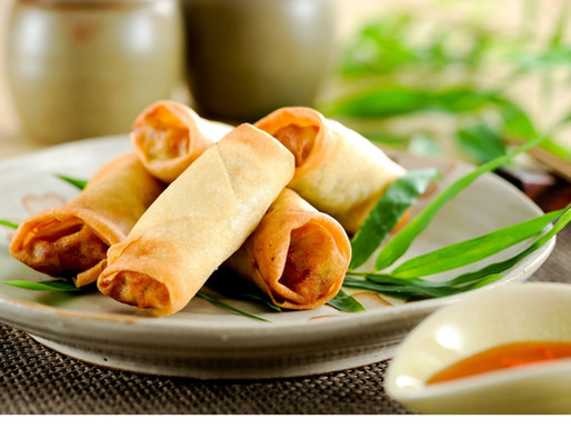 Pork and prawns spring rolls, or Poh pia