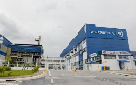 Wheaton acelera os negócios com implementação de fábrica de BI