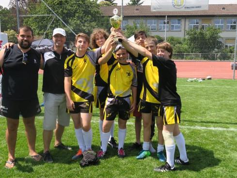 Cinque ragazzi (+1) del Rugby Lugano U14 campioni nazionali!