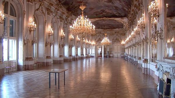 Schönbrunn Palace 018.jpg