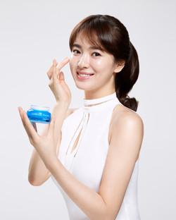 Song Hye-kyo (Laneige brand ambassador)