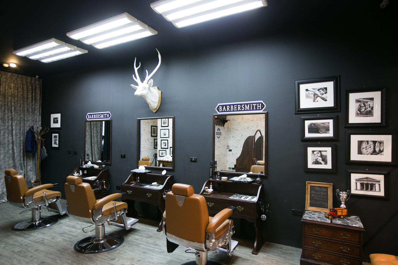 03_บรรยากาศภายในร้าน Barbersmith  สไตล์คูลวินเทจ (1)