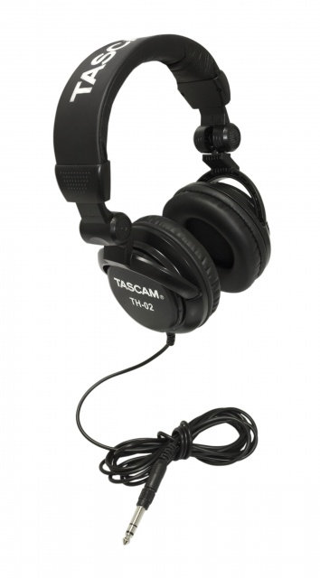 TASCAM TH-02 HEADPHONES - BLACK