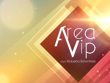 Robert Hebert being interviewed by Roberto Rowntree on VIP AREA Program