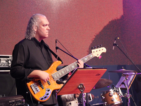 Bass Player Marcelo Mariano is performing at TUCCA Música Pela Cura TONIGHT!!