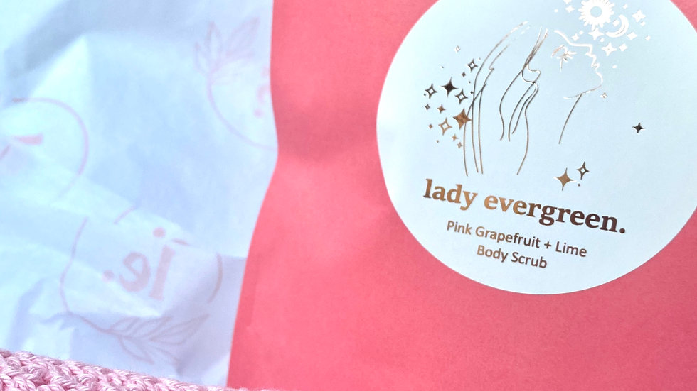 Mother Day's Lady Evergreen Gift Box 1