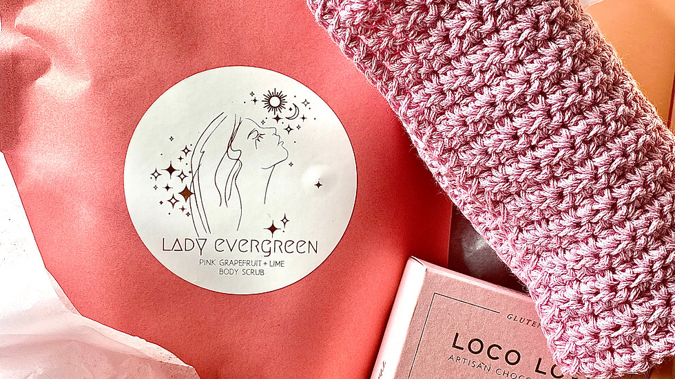 Lady Evergreen Gift Box 2