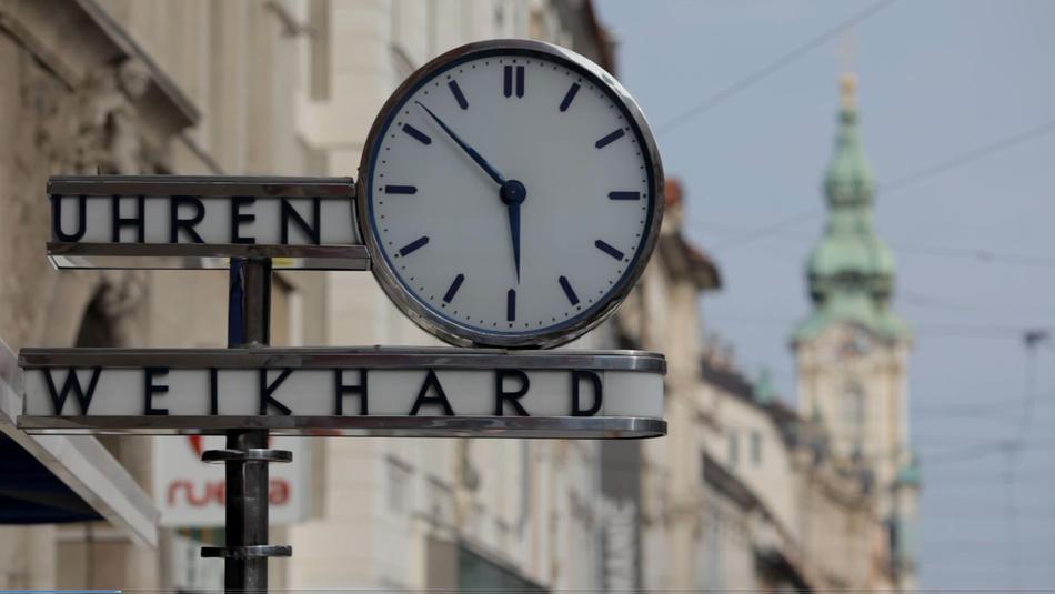 Rund um die Weikhard-Uhr