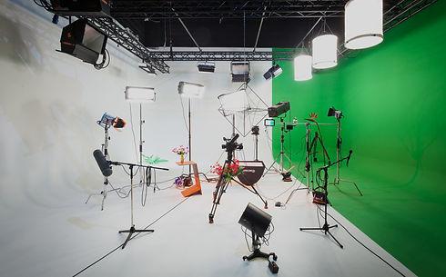 AVbaby Filmstudio mit Equipment