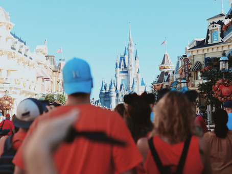 Disney theme parks will likely require masks through 2021