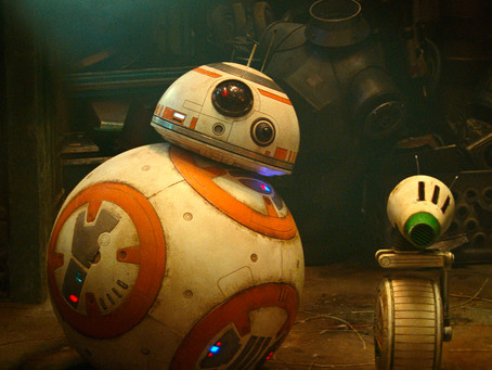 Create your own astromech droid at Droid Depot in Galaxy's Edge
