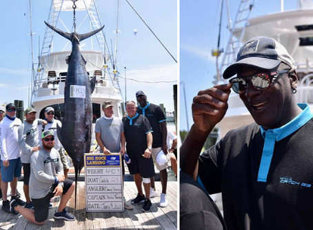 Michael Jordan reels in 442-pound blue marlin during fishing tournament