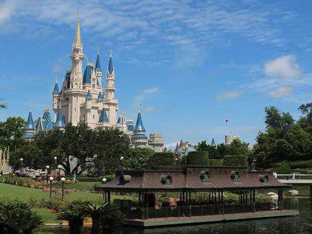 Walt Disney World sends students packing after college program ends abruptly