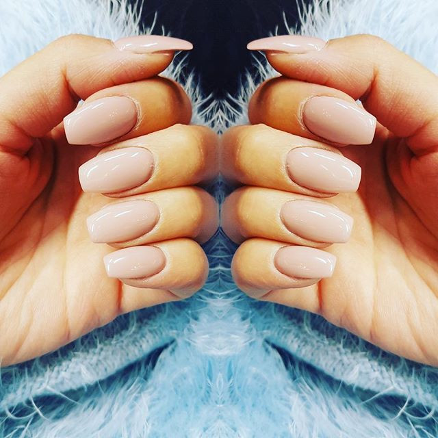 ⚜️ N U D E S ⚜️ #nails #coffinnails #Ema