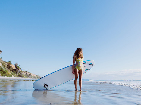 Learn To Surf Schools Sunshine Coast Guide