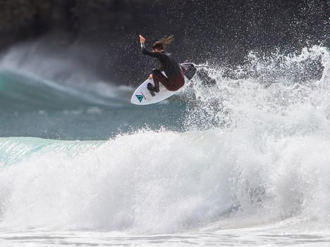 Fits Like A Glove : 2017 Sunshine Coast Wetsuit Steamer Guide