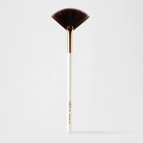 Luxie 560 Medium Fan Flawless Brush