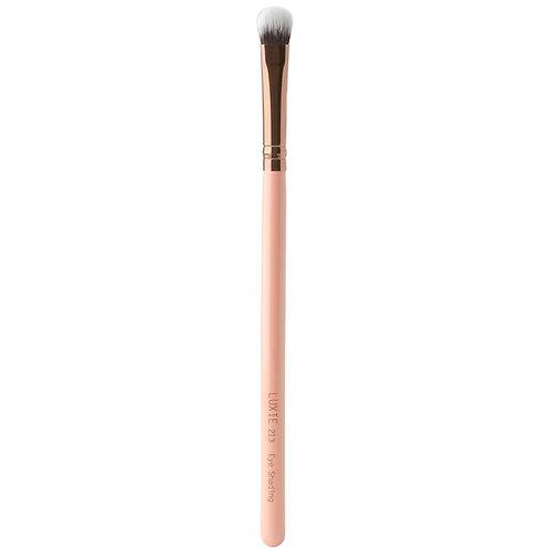 Luxie 213 Eye Shading Brush - Rose Gold