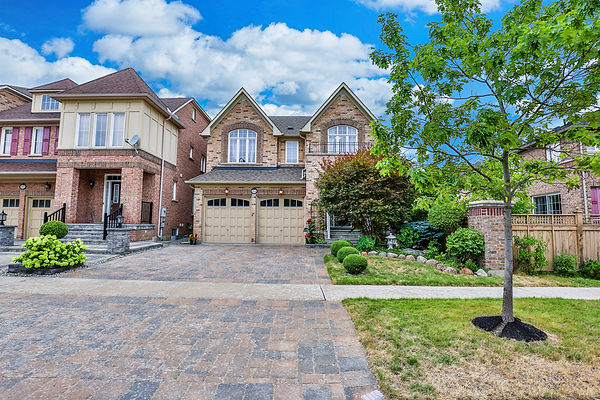 84 Prince of Wales Dr, Markham-2.jpg
