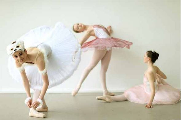 Ballet Dancers.jpg