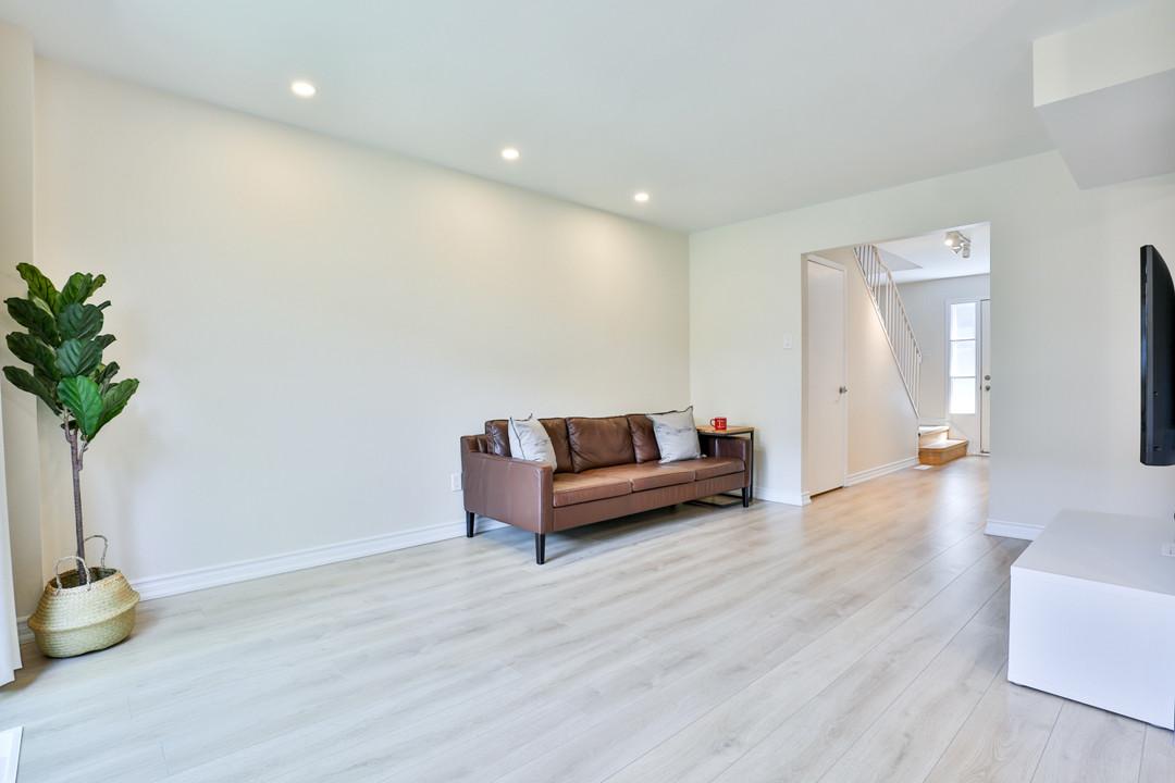 24 Harper Way, Thornhill-16 1st floor fa