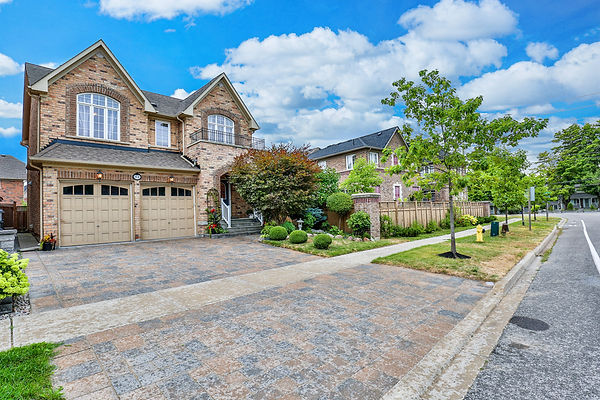 84 Prince of Wales Dr, Markham-3.jpg