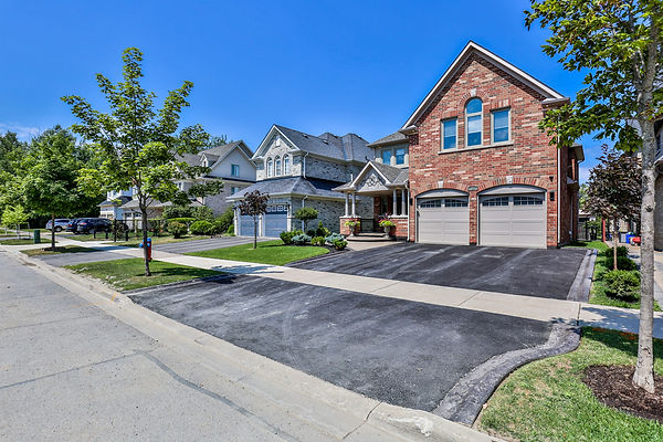 84 Vitlor Drive, Richmond Hill-3.jpg