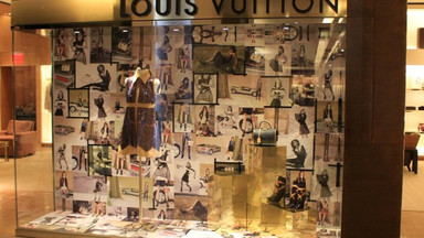 Louis Vuitton - Retail Window Display