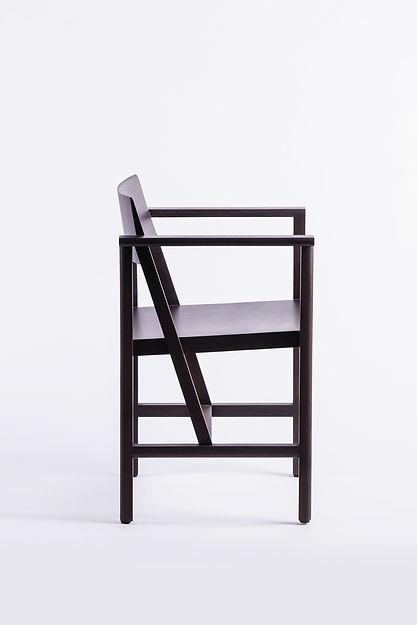 PHAKA Chair l Moonler