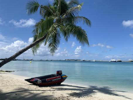 Speedcats deltog i Maldivernas första motorbåtstävling!
